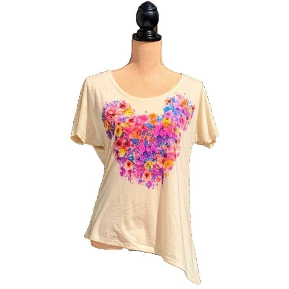 ☀️4/25 Disney Mickey 'Floral Drip' T-Shirt